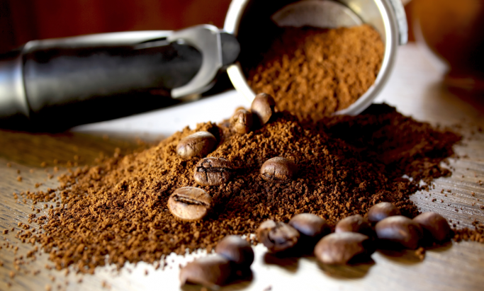 Malt espresso og hele kaffebønner
